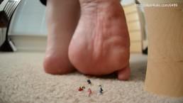 Giantess Babysitter