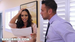BANGBROS – Latin MILF Ariella Ferrera Does Whatever It Takes To Settle Bill