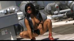 Sunny Leone In Taris In Black Sexy Mini Dress