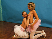 Arousing Lesbian Sex Video Featuring Flexible Ballerinas