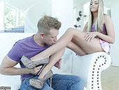 Dude With Foot Fetish Drills Wet Pussy Of Sex-appeal Blonde Allie Knox