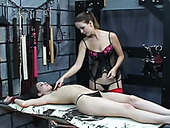 Fetish Chick Punishes Hard Nipples Of Tied Up Sex-slave
