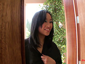 Exotic Massage By Hot Tempered Asian Seductress Bella Ling