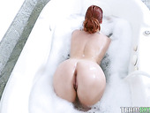 Adorable Hottie Edyn Blair Gives A Yum-yum Blowjob And Gets Her Muff Rammed