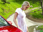 Perverted Stepmom Amber Chase Gets Horny And Fucks Sweet Looking Stepdaughter Washing A Car