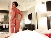 Killer Body Kendra Lust Poses On A Cam And Gives A Hot Blowjob In A POV Video