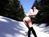 Beautiful Young Hottie Lady Dee Takes Off Her Clothes In The Mountains