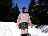 Captivating Brunette Lady Dee Is Playing With Her Pussy In The Snowy Mountains