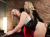 Skilled Lesbian Milf Melissa May Knows How To Satisfy Sexy Girlfriend