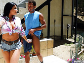 Mouth Watering Nextdoor Milf Romi Rain Hooks Up With One Black Neighbor