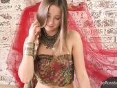 18 Yo Babe Nikita Jankovska Shows Her Untouched Punani