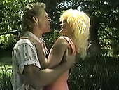 Tempting Vintage Blond Gal Gives Her Head In The Garden