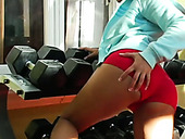 Sporty Sexy Brunette Babe Sunny Leone Goes Solo And Tickles Pussy In Gym