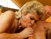 Bootylicious Fat Blond Mature Whore In Stockings Sucks A Strong Dick