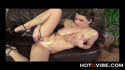 Eurobabe Brunette Gspot Squirt