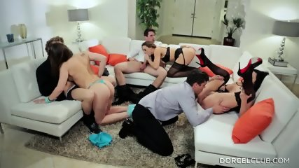 Three Hotties Want To Have Fun