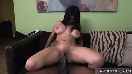 Arabic Man Fucking White Woman Mia Khalifa Tries A Big Black Dick