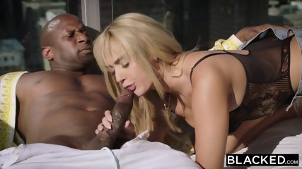 BLACKED College Student Gets Seduced By Her Smooth Black Neighbor