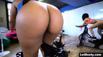 Fat Ass Brunette Busty Latina MILF Rose Monroe