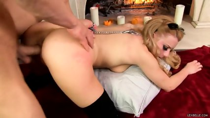 Lexi Belle's Hungry Pussy Gets The Cream