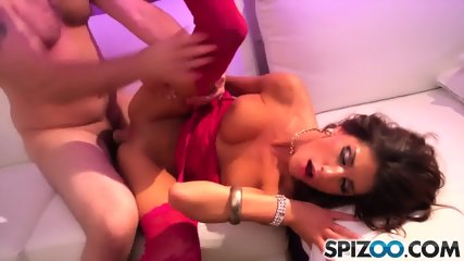 Sexy Dancer With Cum On Pussy