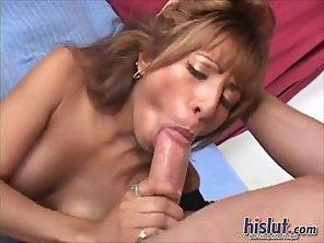 Estrella Is A Horny Latina