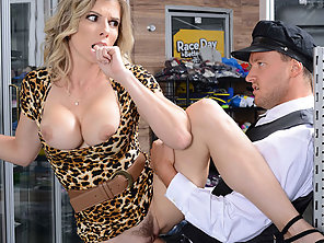 MILF Cory Chase Enjoy Sucking Van Wylde Huge Cock