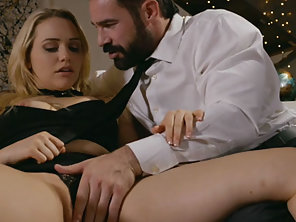 Blonde Mia Malkova Hooks Rich Guy And Fucks Him For Money