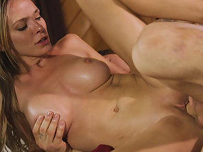 Booby Masseuse Pristine Edge Gets Banged By Her Client