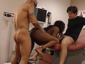 Ebony Mature Spitroasted By Doctors Big Dicks Indoors