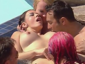A Huge Orgasmic Experience In The Pool
