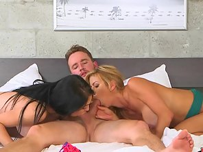 Mom Helping Daughter And Her Boyfriend With Sex Action