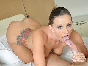 Fucking My Bigtit Bikini Girlfriend