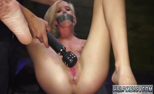 Bdsm House And Slave Smelling Nylon Feet First Time