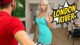 FILF – MILF London River Fucking The New Delivery Boy