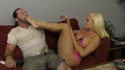 Hot Latina Dominates Her Next Door Neighbor – Nikki Delano – Femdom