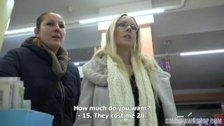 Czech PawnShop Florane Russell
