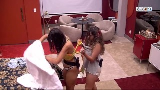 Giselly BBB 20 Topless Big Brother Brasil 2020