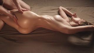 Amazing Body Babe Gets A Deep Creampie – Beautiful Amateur Sex